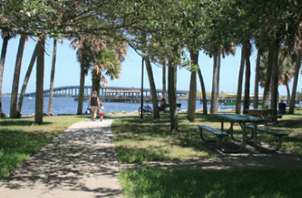 pineapple river front park
