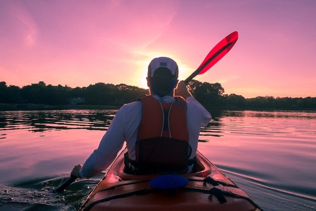 Kayaking for Beginners: A Checklist of All the Essentials