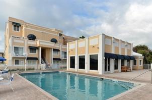 Royal Mansions Resort at Cocoa Beach